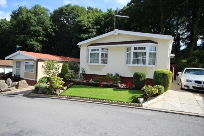 2 bedroom park home for sale in oakland glen walton le