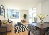 2 bedroom Flat to rent in Waterfront House...