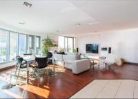 2 bed Flat in Orbis Square...