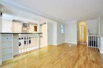 Apartment in Warriner Gardens...