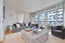 4 bed Apartment in Hepworth Court...