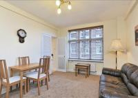 Flat to rent in Abercorn Place...