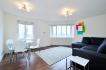 Flat to rent in Portman Gate...