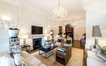 Apartment in Cambridge Gate...