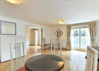 2 bed Flat in Stockholm Way, Wapping...
