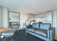 1 bedroom new Flat in Crawford Building...
