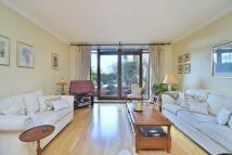 2 bedroom Flat to rent in Harlequin Court...