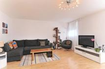 Flat to rent in Spice Court, Asher Way...