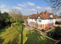 property to rent in Heathview Gardens, Putney Heath, London, SW15