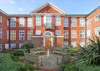 Flat to rent in Arcadian Place...