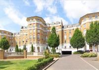 2 bedroom Flat to rent in Chapman Square, Parkside...