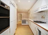 Flat to rent in The Grange, Wimbledon...