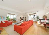 3 bed Flat to rent in Arterberry Road...