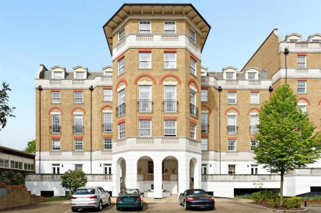 2 Bedroom Flat To Rent In Chapman Square Wimbledon London Sw19 Sw19
