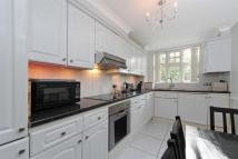Flat to rent in Victoria Lodge...