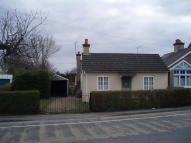3 bed Detached Bungalow in Bulford Road, Durrington...
