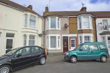 Wellesley Road End of Terrace house to rent