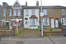 2 bed Terraced property in Park Road, Sittingbourne...