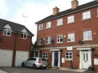 3 bed Town House to rent in DRILLFIELD ROAD...