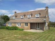 Detached property in Brimpsfield...