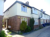 2 bedroom Apartment in Watford Way, Mill Hill,