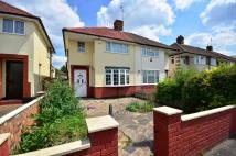 3 bed semi detached home to rent in West End Road...