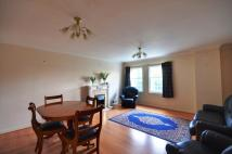 Flat in Pembroke Road, Ruislip...