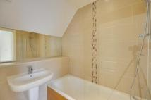2 bed house to rent in Lidgould Grove, Ruislip...