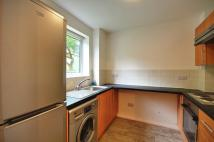 Studio flat to rent in Aylsham Drive, Ickenham...
