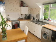 Flat to rent in Northwood Road...