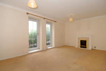 2 bedroom Apartment in Kings Lodge...