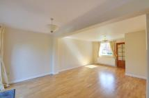 4 bedroom property to rent in Haslam Close, Ickenham...