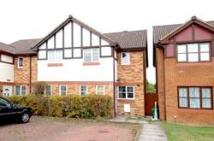 2 bed house to rent in Elliott Avenue, Eastcote...