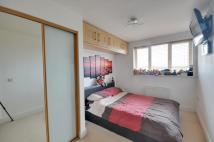 2 bed Apartment in Wordsworth Court...