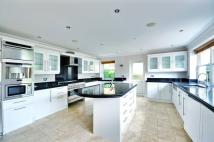 4 bed home in Highfield Drive...