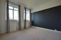 3 bedroom Flat in Raleigh Close, Ruislip...
