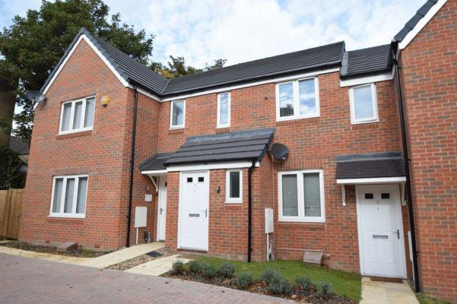 1 Bedroom House For Sale In Luton 28 Images 1 Bedroom Cluster House For Sale In Milverton