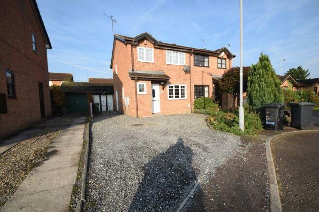 Property For Sale  Harlestone Close Luton