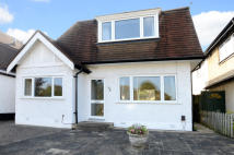 3 bed Detached house in Surbiton Hill Park...