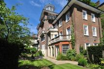 4 bed Apartment to rent in Frognal...