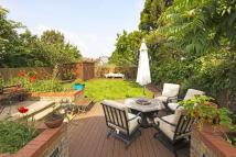 7 bed home for sale in Hocroft Road, London, NW2