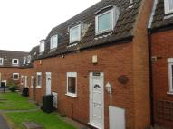 2 bed Town House to rent in Rushmere Walk, Arnold...