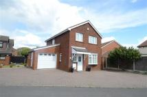 4 bed Detached house in Parkfield Drive...