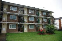 1 bedroom Flat in Defoe Way, Romford