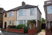 3 bedroom house in Hainault Road, Romford