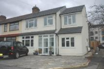 property to rent in Richards Avenue, Romford, RM7