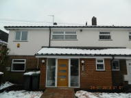 Flat to rent in Flat 4 Plumptre Way...