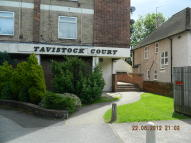 Studio apartment in Tavistock Court...