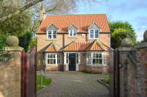Detached home for sale in Appletree House...