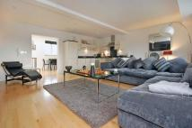 2 bedroom Apartment for sale in Talbot Court...